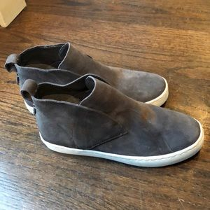 Grey suede Dolce Vita hidden wedge flat size 6.5